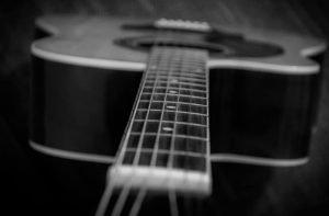 Best Acoustic Guitar Strings For Beginners | SixStringTips