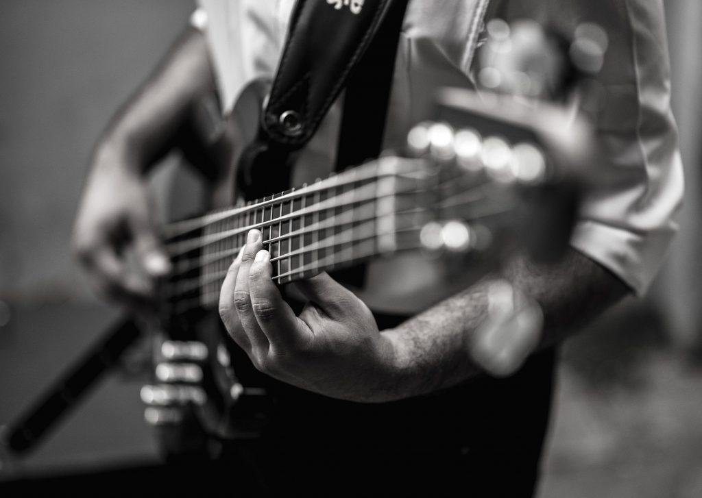 best bass guitar for beginners
